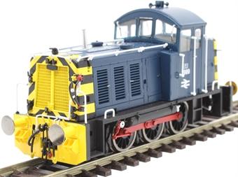2914 Class 07 shunter 2989 in BR blue