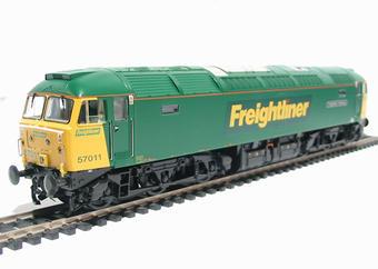 32-753 Class 57/0 57011 'Freightliner Challenger' in Freightliner Livery