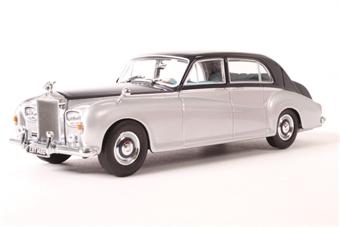 43RRP5001 Rolls Royce Phantom V James Young Navy Silver