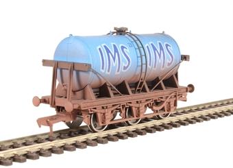 "4F-031-008 6 wheel milk tanker ""IMS"" - weathered"