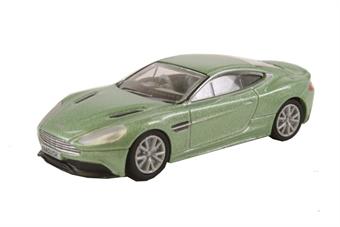 76AMV001 Aston Martin Vanquish Coupe Appletree Green