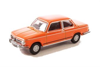 76BM02001 BMW 2002 Colorado Orange
