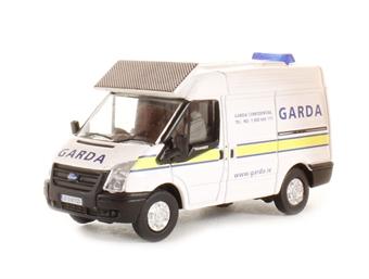 "76FT007 Ford Transit SWB Med ""Garda"""