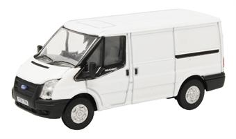 76FT036 Ford Transit MkV SWB Low Roof Frozen white
