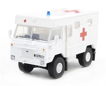 76LRFCA003 Land Rover FC Ambulance 24 Field Ambulance, Bosnia
