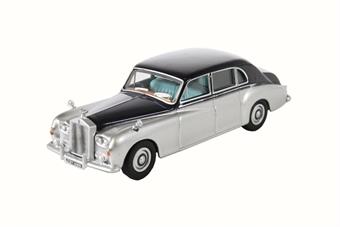 76RRP5001 Rolls Royce Phantom V Navy/Silver