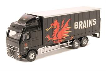 76SP113 Volvo FH Curtainside Lorry Brains