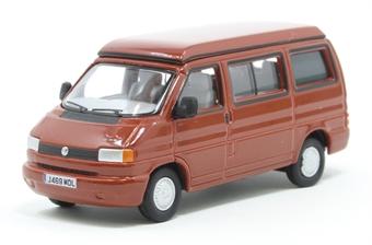 76T4001 VW T4 Westfalia Camper Paprika Red