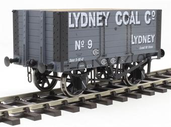 "7F-072-002 7-plank open wagon with 9ft wheelbase - ""Lydney Coal Company"""