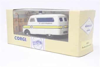 96923-PO02 Bedford Dormobile - Pre-owned - Very good box