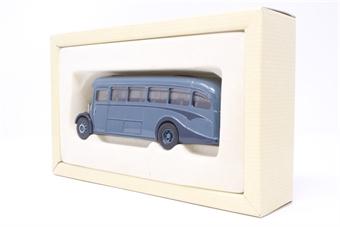 97194-PO06 AEC Regal Coach - 'The Hardings' - Pre-owned - Good box