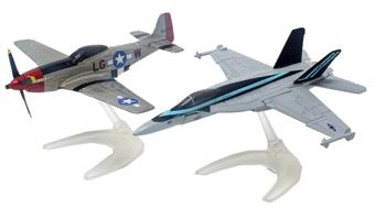 CS90683 Maverick's F/A-18 Hornet™ and P-51D Mustang™ Hornet™ and P-51D Mustang™ (Top Gun Maverick, 2020)