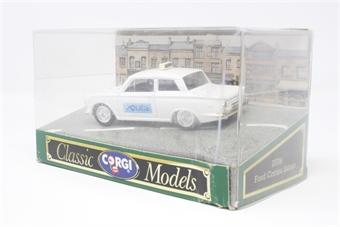 D708-1-PO Ford Cortina in white - Pre-owned - Fair box