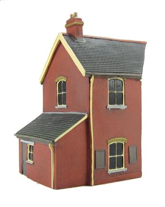EM6110 Stationmaster's house extension - red brick