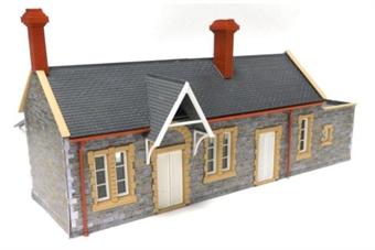 GM401 Brick/stone built station building - plastic kit