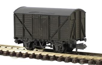 KNR-43 Standard type box van - plastic kit