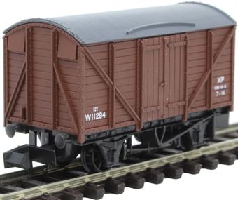 NR-43B 12 ton ventilated box van in BR Brown