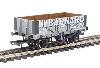 "OR76MW5004 5-plank open wagon ""W.M. Barnard, Worcester"""