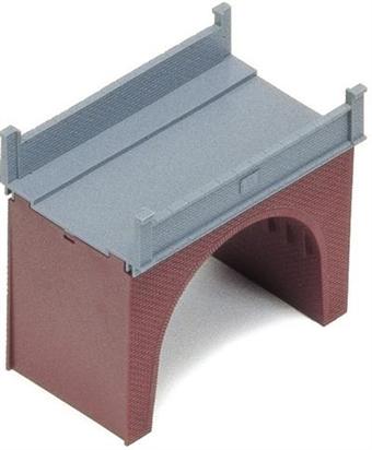 R189 Single-track brick bridge