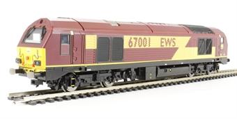 R3040 Class 67 67001 in EWS livery