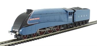 "R3280 Class A4 4-6-2 4496 ""Golden Shuttle"" in LNER Garter Blue - Railroad range"