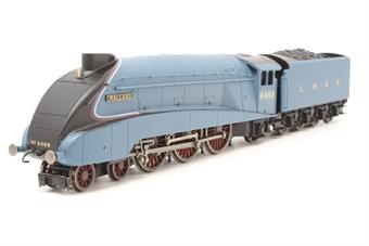 "R3371-PO22 Class A4 4-6-2 4468 ""Mallard"" in LNER garter blue - Railroad range - Pre-owned - Loco body loose - Front bogie derails - Very good box"