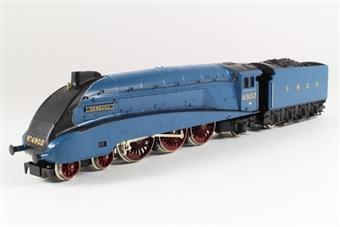 R372 Class A4 4-6-2 'Seagull' 4902 in LNER Blue
