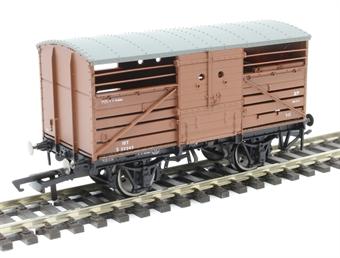 R6840 SR Dia 1530 cattle wagon in BR bauxite