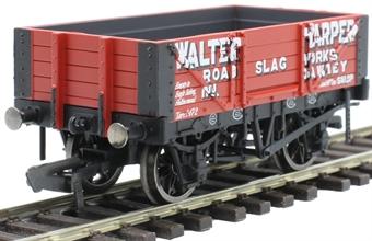 """R6899 4-plank open wagon """"Walter Harper, Dawley"""""""