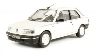 VA11607B Peugeot 309 Chorus white LHD (Fr)
