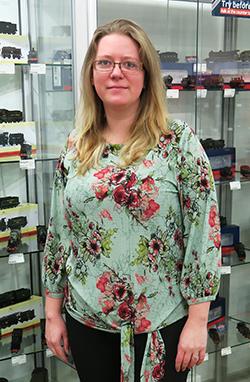 Jana  - Commercial Assistant